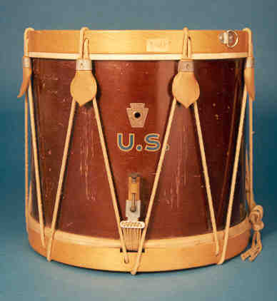 NMM 3003.  Parade drum by WFL Drum Co., Chicago, ca. 1940