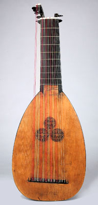 NMM 10213.  Lute by Thomas Edlinger, Prague, 1728.