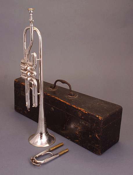 NMM 6779.  Trumpet by Denis Antoine Courtois, Paris, ca. 1875.