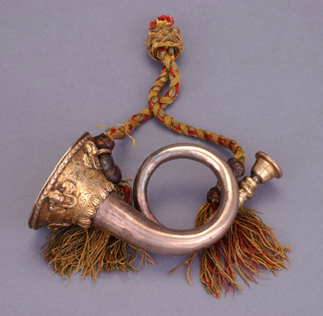 NMM 7213. Miniature natural horn by Johann Wilhelm Haas, Imperial City of Nürnberg, 1681.
