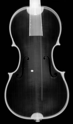 X-ray of NMM 4548 taken through the violin's back.  Courtesy of the Kunsthistorisches Museum Wien.
