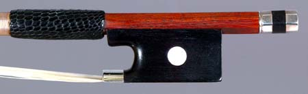 NMM 3392.  Viola/violin bow attributed to François Xavier Tourte (Tourte le jeune), Paris, ca. 1800-1810.